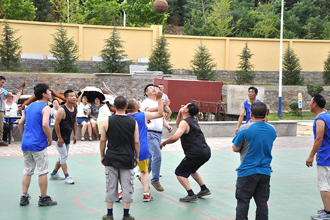 """龙港纸业第一届""""团结杯""""篮球比赛"""